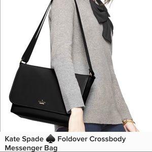 EUC Kate Spade ♠️ Messenger bag